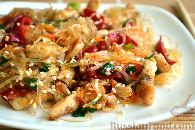 Рецепты салатов из фунчозы с курицей и овощами